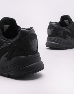 Sneaker adidas Originals Falcon